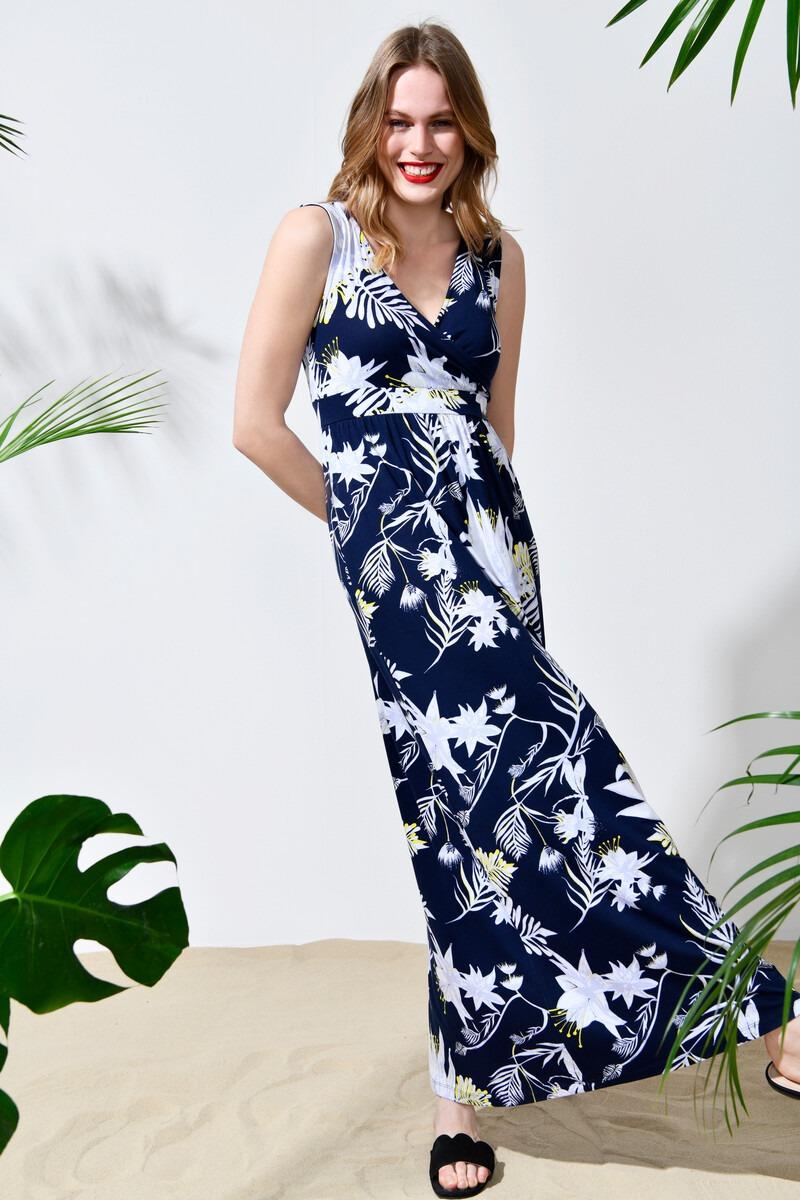 StreetOne_0619_Outfit06_Motiv06_280_Styler